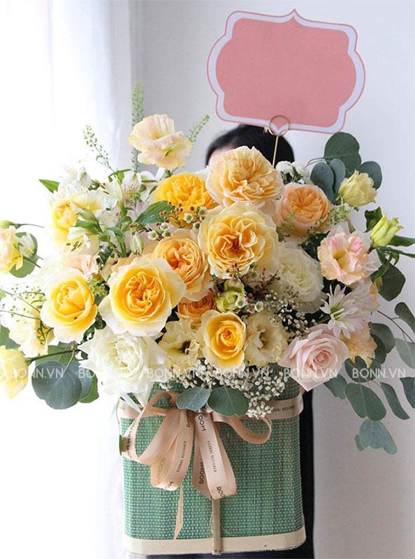 lang hoa tuoi cao cao cap tone vang